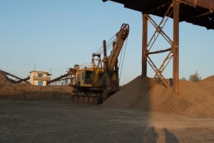 Песчаный щебень